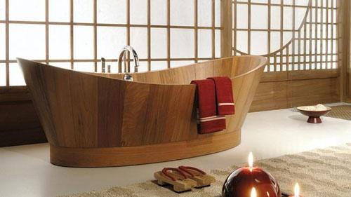 عمل شاق. أشكال متعددة من أحواض الاستحمام توفيرجميع وسائل الراحةالمطلقة