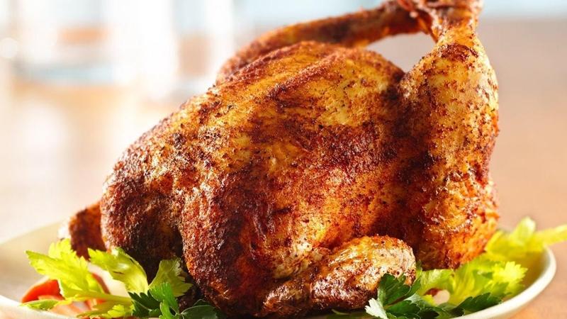الدجاج المشوي و المتبل بالبابريكا